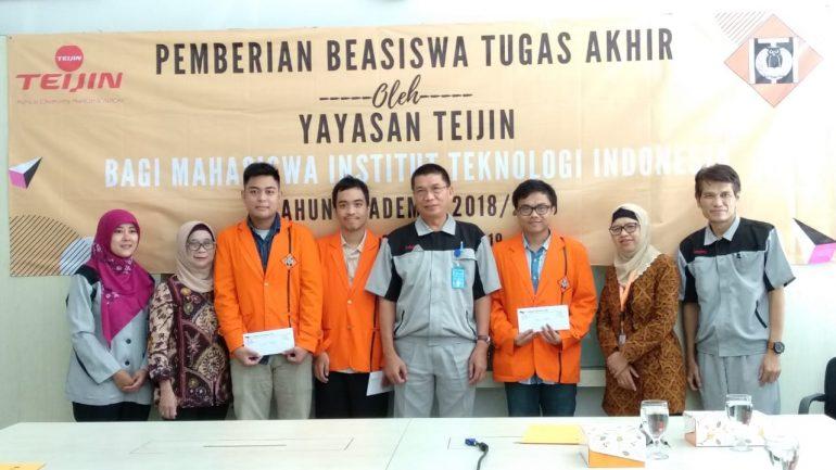 Penyerahan Beasiswa Tugas Akhir dari Teijin kepada Mahasiswa Teknik Mesin dan Arsitektur, 24 Januari 2019
